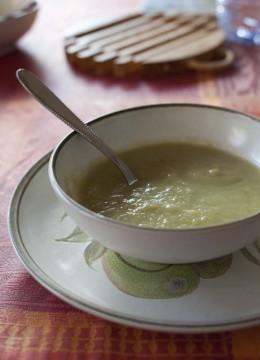 Velouté aux poireaux et lait de coco
