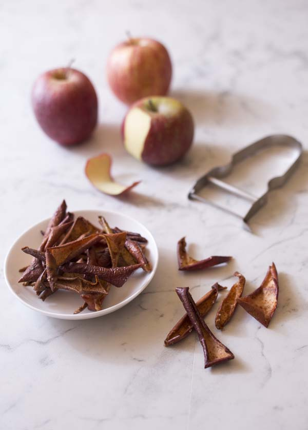chips de pelures de pommes la cannelle biod lices. Black Bedroom Furniture Sets. Home Design Ideas