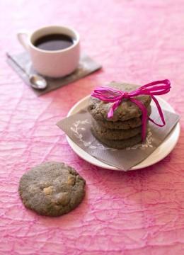 Cookies au sésame noir et chocolat blanc