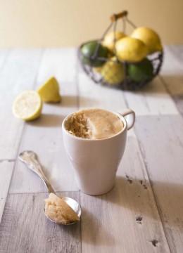 Mug cake au citron vegan – sans oeuf sans gluten
