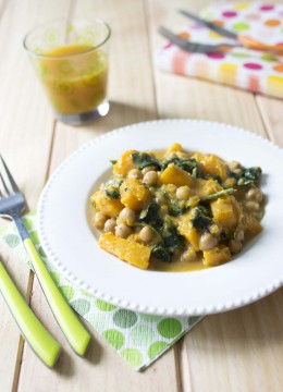 Curry de courge butternut aux pois chiches et épinards