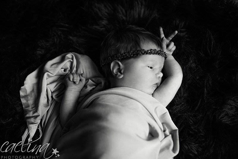 Séance Nouveau né Anais 6 jours