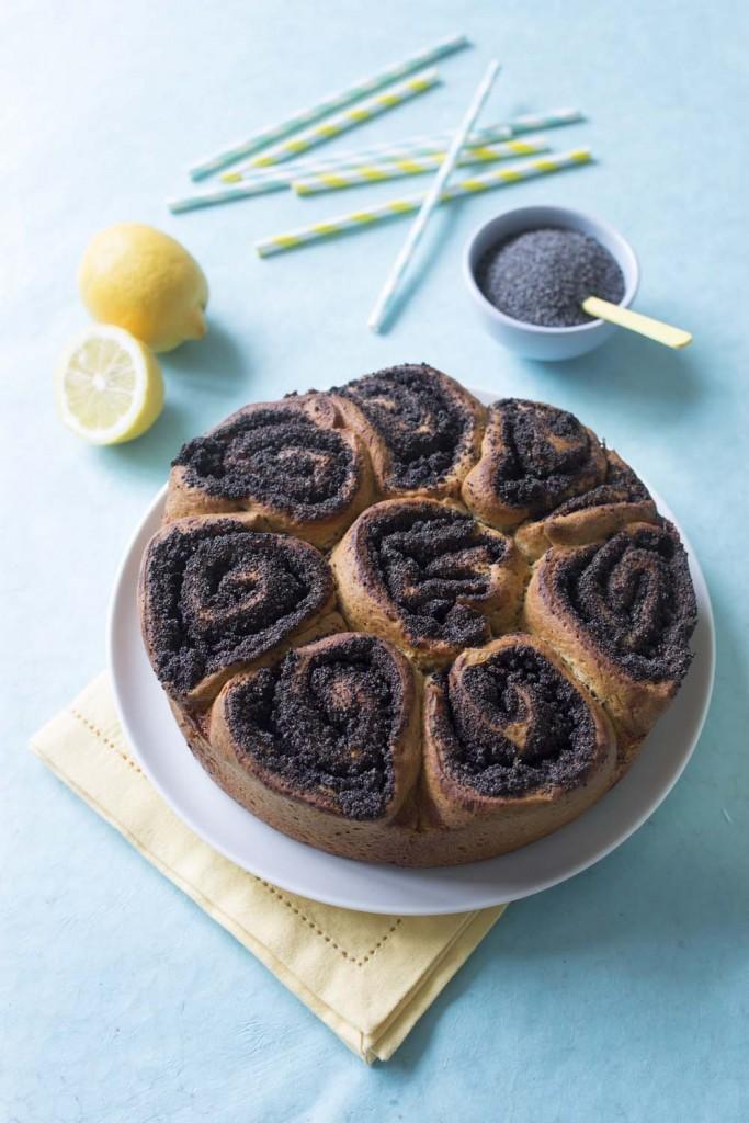 Photo de la recette : Brioche roulée aux graines de pavot et citron – Bataille food #32