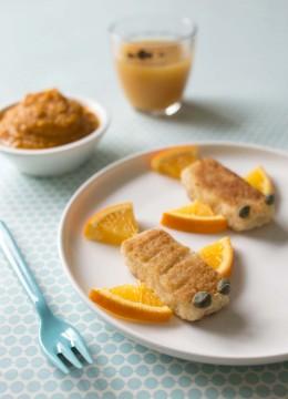 Bâtonnets au saumon et purée de carottes à l'orange – à partir de 2 ans