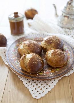 Brioches marocaines à l'anis et eau de fleur d'oranger