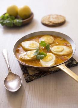 Curry aux oeufs durs et lait de coco