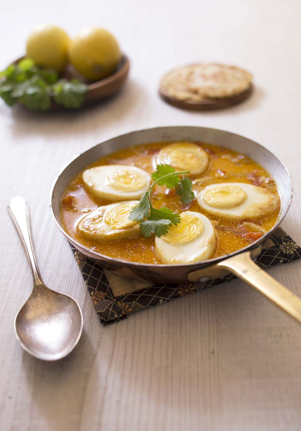 Curry aux oeufs durs et lait de coco recettes de cuisine biod lices - Recette avec des oeufs durs ...
