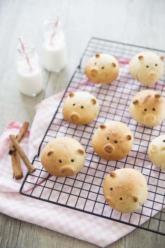 Photo de la recette : Petits cochons en petits pains au lait