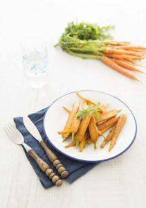 Jeunes carottes poêlées au pesto