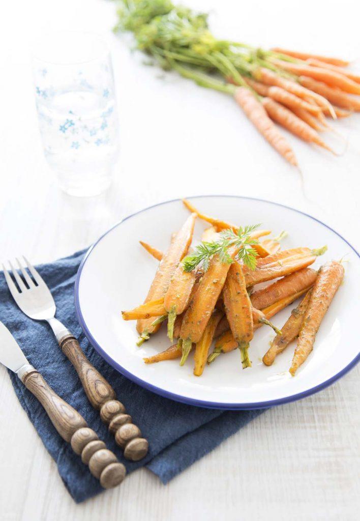 Jeunes carottes poêlées au pesto : photo de la recette