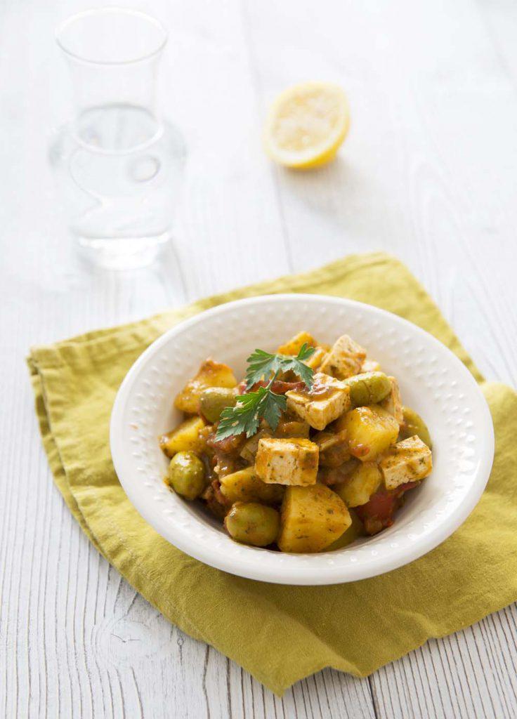 Photo de la recette : Tajine de pommes de terre et tofu sauce chermoula