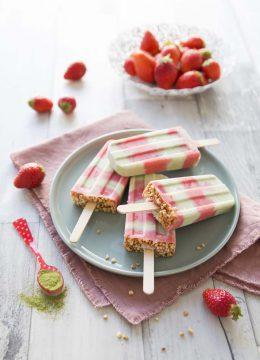 Bâtonnets glacés fraises moringa – vegan