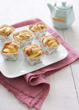 Petits gâteaux aux nectarines et fève tonka