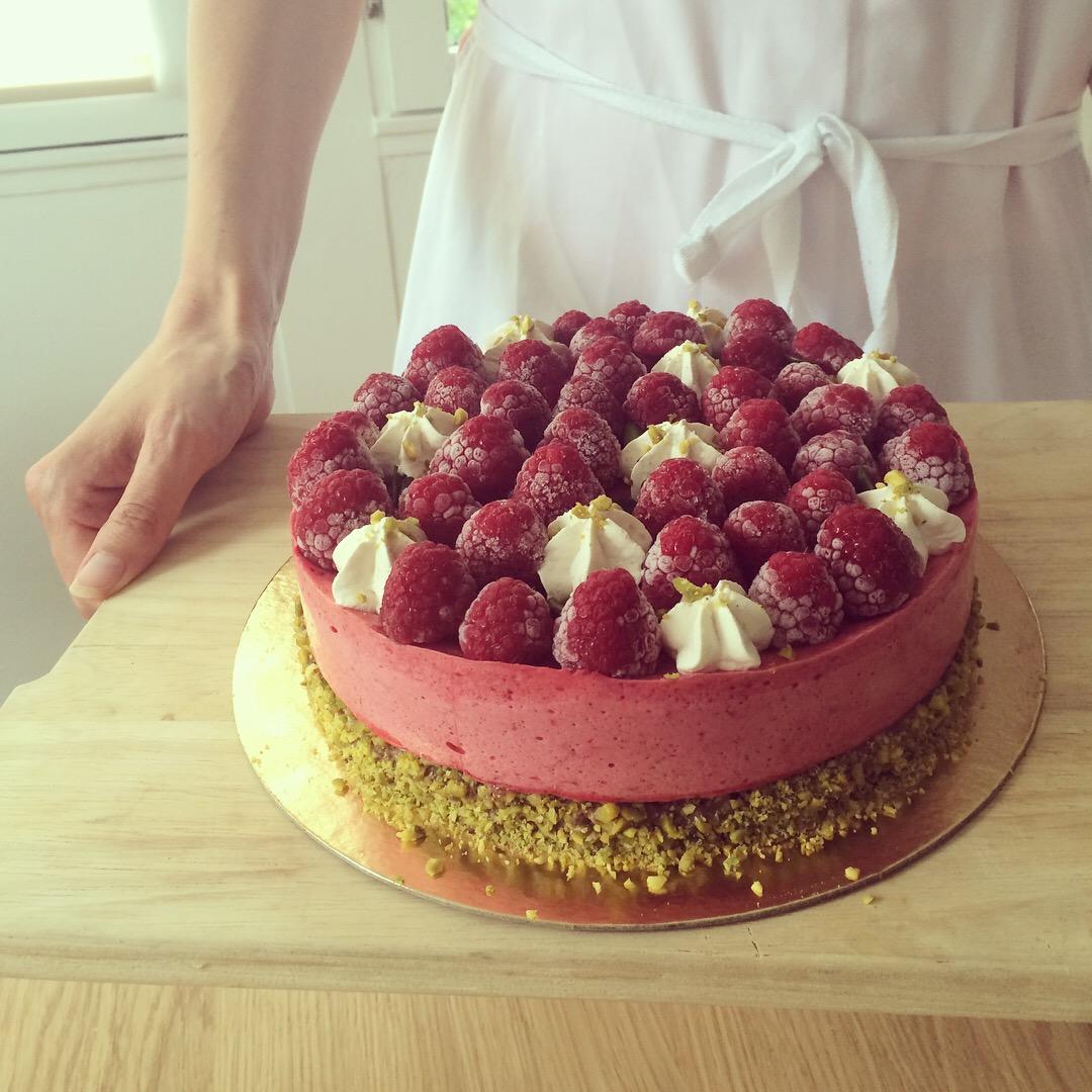 Entremets vegan framboises pistaches - Linda Vongdara