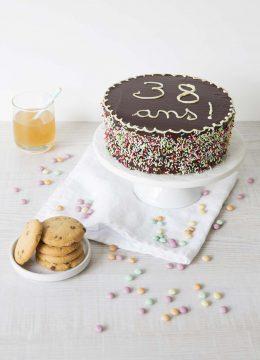 Gâteau d'anniversaire pour les 38 ans de L'Eau Vive