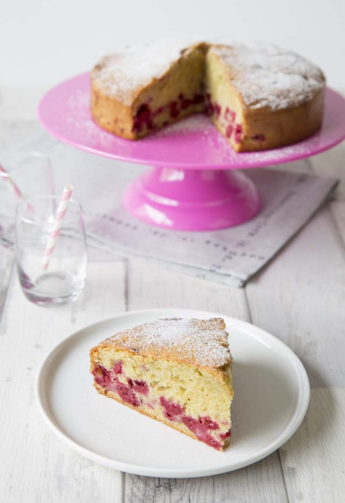 Photo de la recette : Gâteau ultra moelleux aux framboises – sans lactose
