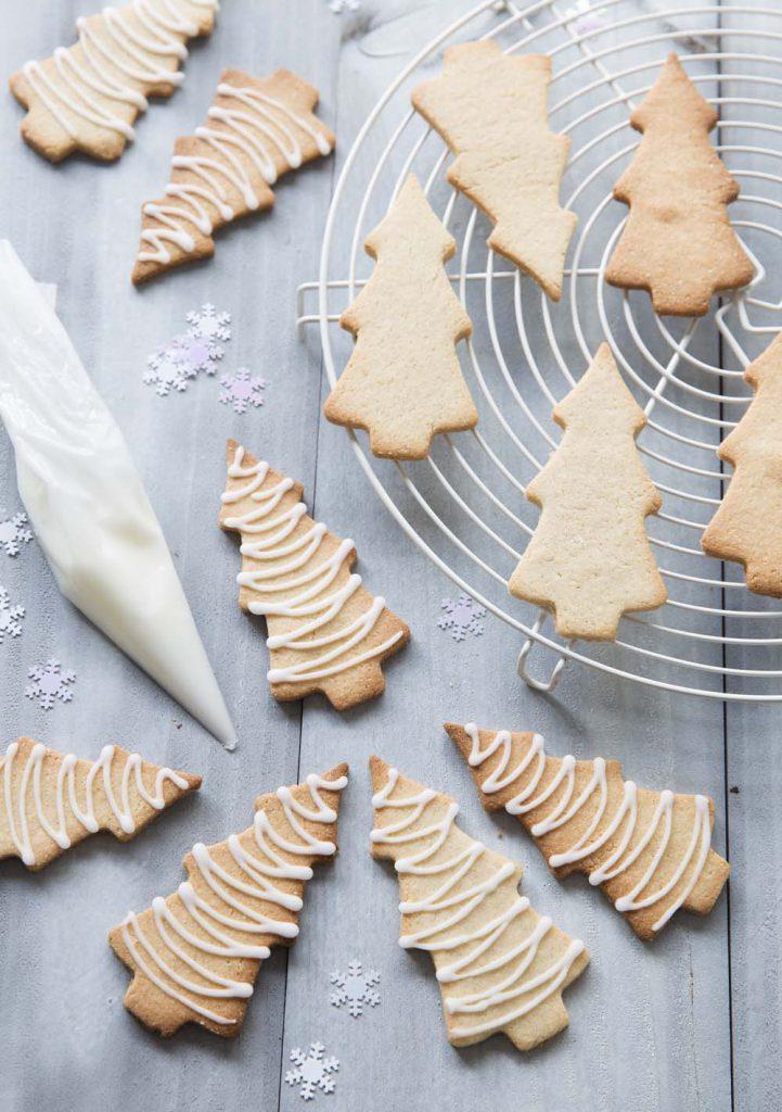 Photo de la recette : Sablés de Noël sapin au gingembre et cannelle