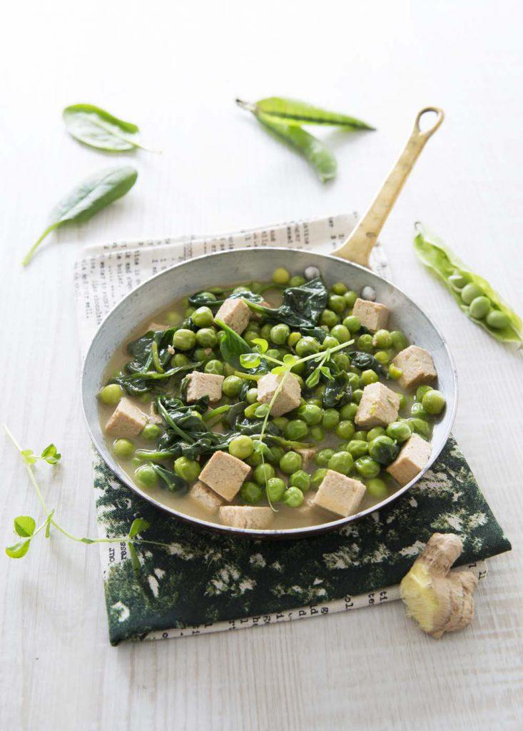 Photo de la recette : Poêlée printanière au tofu et petits pois