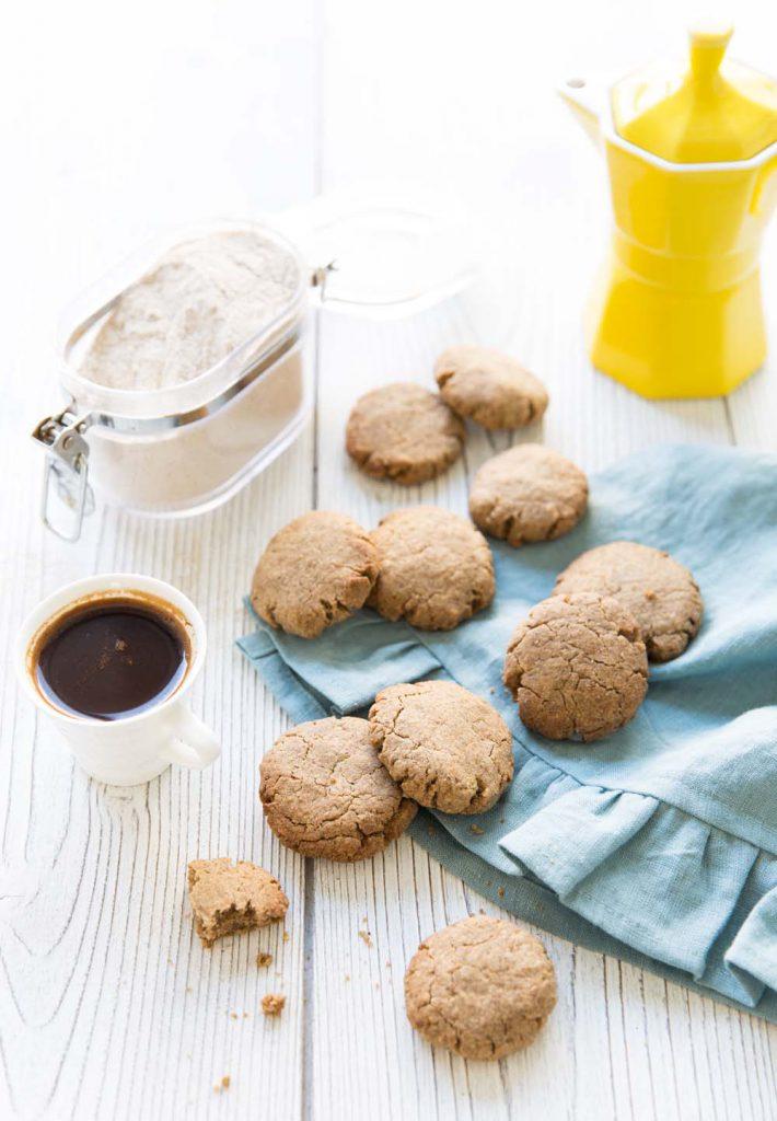 Photo de la recette : Cookies au beurre de cacao et sarrasin