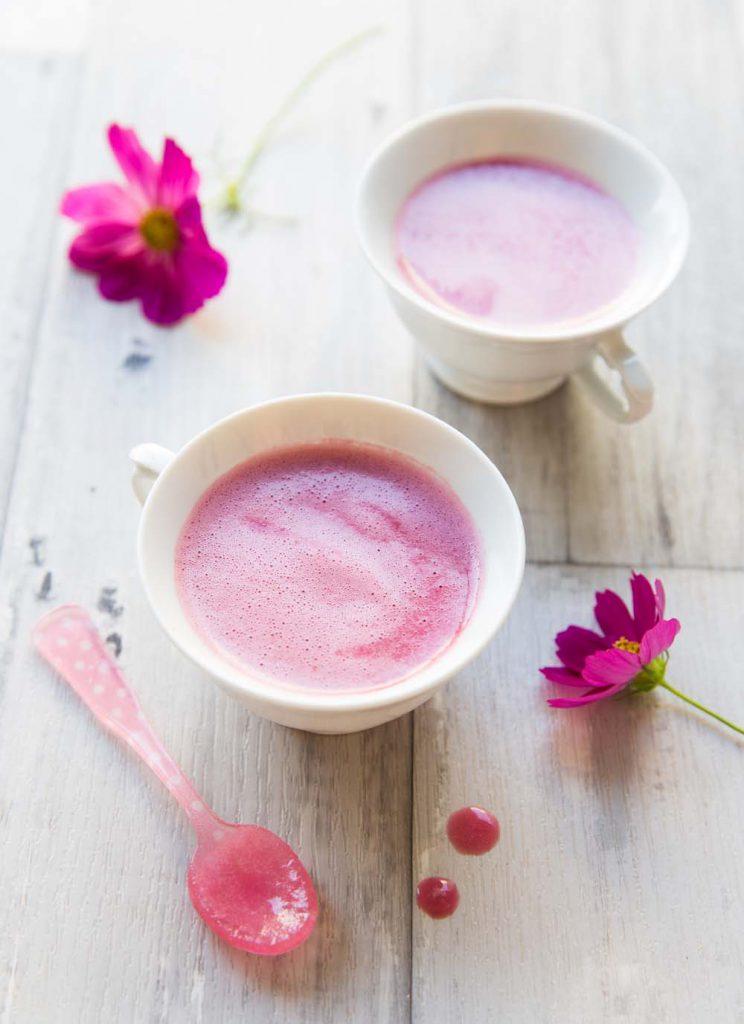 Recette Pink latte - une boisson énergisante pour le matin