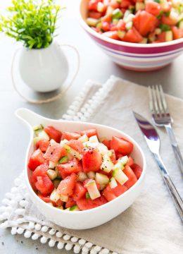 Salade pastèque concombre, fraîche et croquante