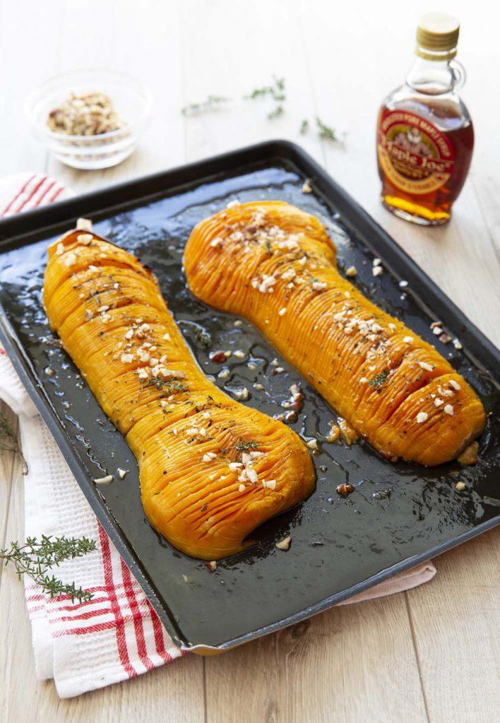 Photo de la recette : Butternut hasselback au sirop d'érable et noisettes