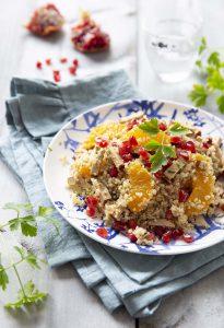 Salade de quinoa au tofu fumé, oranges et grenade